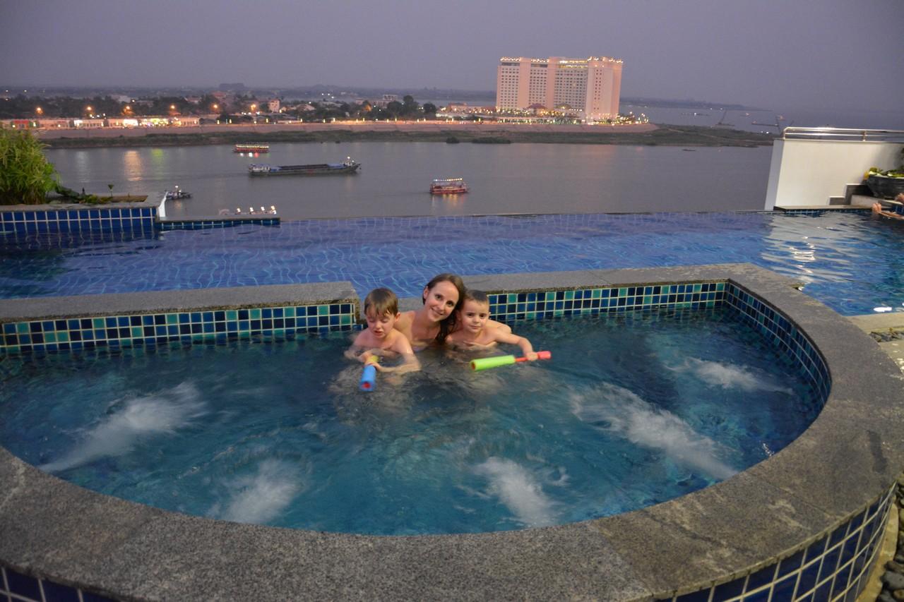 Kambodža s deťmi - Phnom Penh