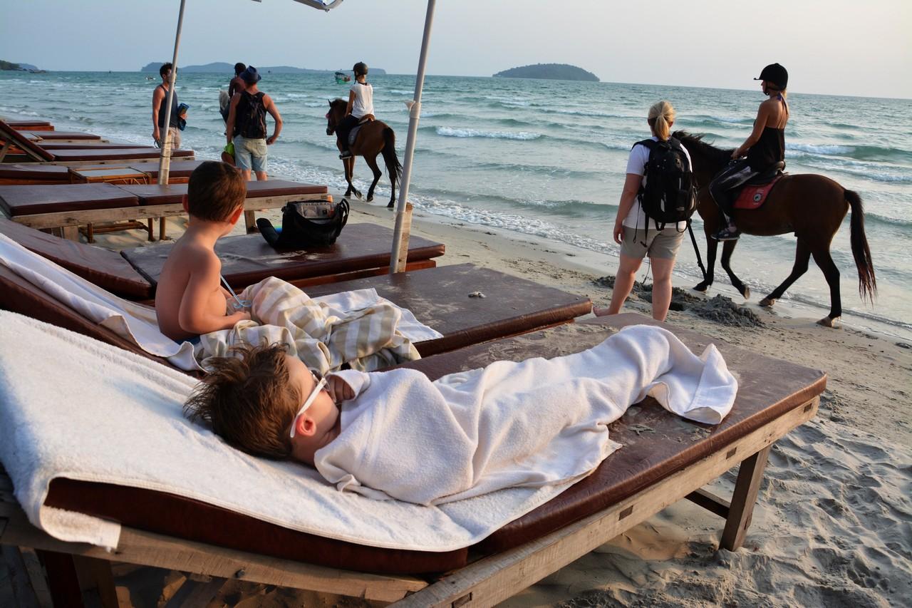 Kambodža s deťmi - Otres beach