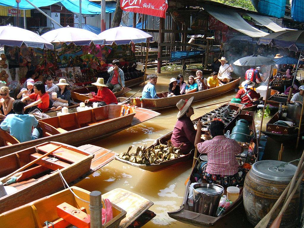 Bangkok plávajúci trh