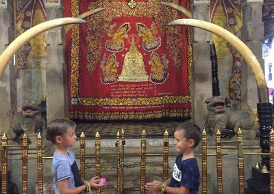 Sri-Lanka-s-detmi-pamiatky-54a
