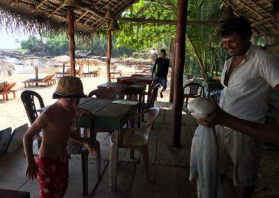 Sri-Lanka-s-detmi-plaze-18a